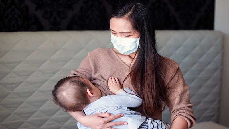متخصص زنان اصفهان | خطر شیردهی در دوران کرونا